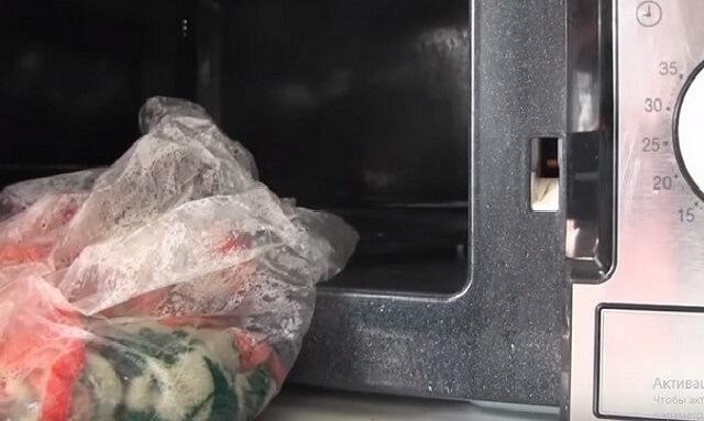 Стирка кухонных полотенец в микроволновке