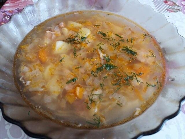Щи из квашеной капусты со свининой и картошкой