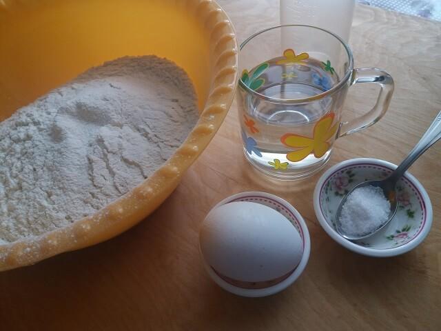 Ингредиенты для теста на пельмени в хлебопечке