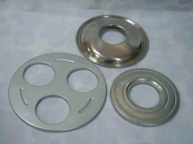 Металлические накладки на кастрюлю для стерилизации банок