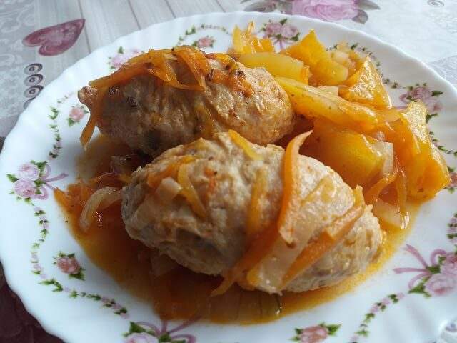 Ленивые голубцы с капустой, рисом и фаршем - 7 рецептов приготовления