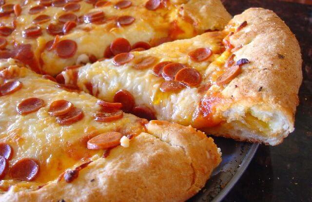 Дрожжевое тесто для пиццы – очень вкусное и быстрое!