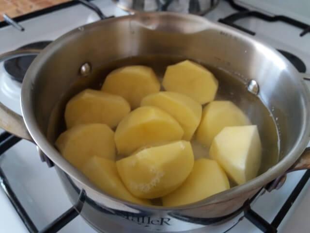 Очень вкусные вареники с картошкой – рецепт теста и начинки