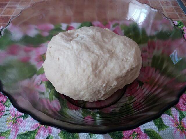 Сдобные булочки с заварным кремом – сладкие, пышные и нежные