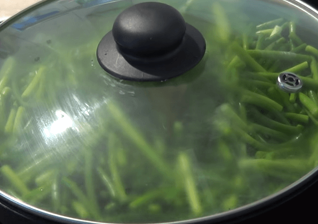 Чесночные стрелки – рецепты приготовления на зиму